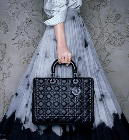 Lady Dior กระเป๋าแห่งความหรู สวยงามดั่งเจ้าหญิง