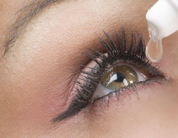 อาการตาแห้ง (Dry Eyes)